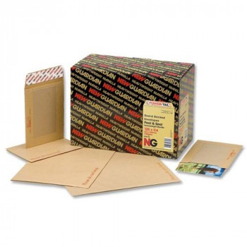 New Guardian Envelopes Heavyweight Board-backed Window Peel and Seal Manilla C4 [Pack of 125]